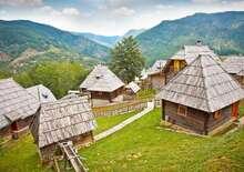 Smaragdzöld pihenés a Balkánon