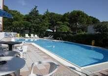 Hotel Helvetia *** - Nyaralás Lignano-ban
