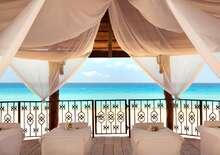 Hyatt Zilara Cancun 5* repülőjeggyel