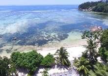 Crown Beach Hotel Seychelles 4* repülőjeggyel
